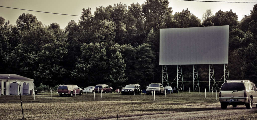 Bel air drive in versailles in