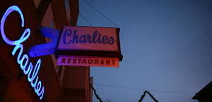 Charlie's Main St Cafe