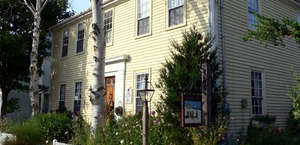 Yuletide Inn Bed & Breakfast