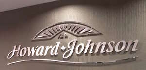 Howard Johnson Express Inn
