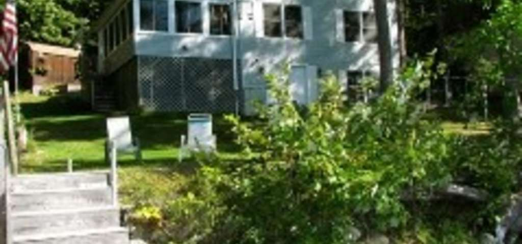Waterfront Cottage On Taylor Pond/private Dead End Location, Auburn ...