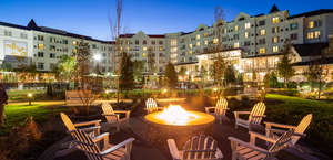 Dollywood's Dreammore Resort