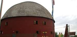 Butch at the Arcadia Round Barn