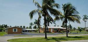Everglades City Motel